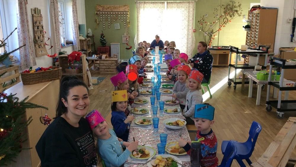 Christmas Dinner, Kindergarten, group,
